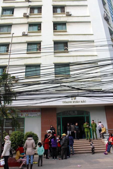 Cháy tại toà nhà I9 Thanh Xuân Bắc, 1 người bị thương nặng ảnh 1