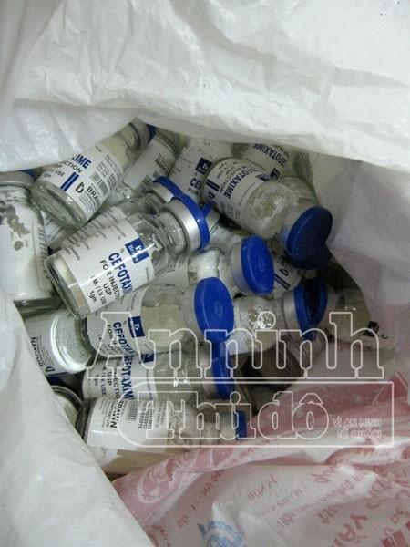 Thu giữ số lượng lớn thuốc tân dược hết hạn sử dụng ảnh 4
