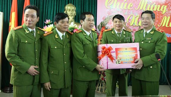 Lãnh đạo Công an Hà Nội chúc Tết tại các trại tạm giam