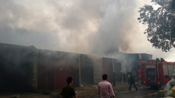 Toàn cảnh đám cháy lớn xảy ra tại công ty Diana ảnh 11