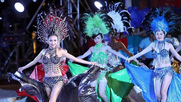 Carnaval Hạ Long 2014 rực rỡ sắc màu ảnh 5