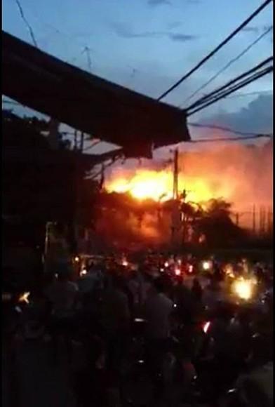 Khách sạn cao cấp tại Mai Châu, Hòa Bình bốc cháy ngùn ngụt ảnh 2