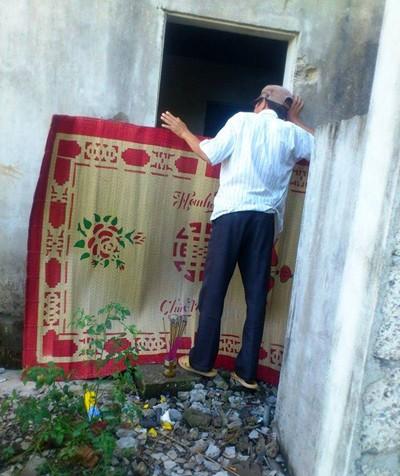 Phát hiện thi thể đang phân hủy trong ngôi nhà hoang ảnh 1