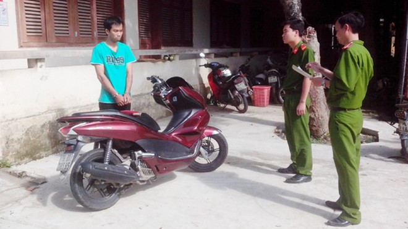 Sinh viên tên Luyện, chuyên trộm vàng và xe máy liên tỉnh ảnh 1