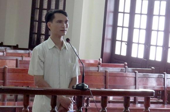 Phó chủ tịch xã lĩnh án tù vì ký ẩu giấy tờ ảnh 1