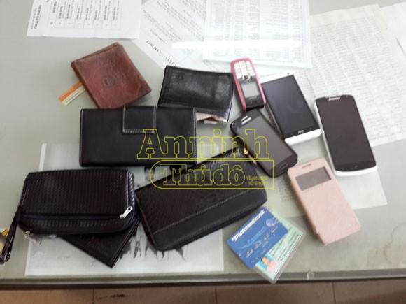 Hà Nội: Bắt giữ cặp vợ chồng gây ra 20 vụ cướp giật tài sản ảnh 2