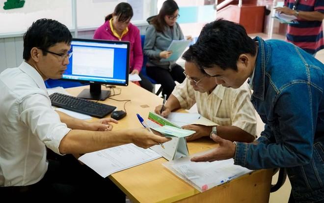 Những trường hợp người lao động bị trừ tỷ lệ lương hưu từ năm 2021 ảnh 1