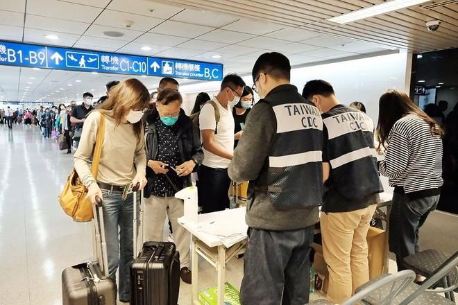 Từ 1-12, lao động Việt Nam sang Đài Loan phải có xác nhận âm tính với SARS-CoV-2 ảnh 1