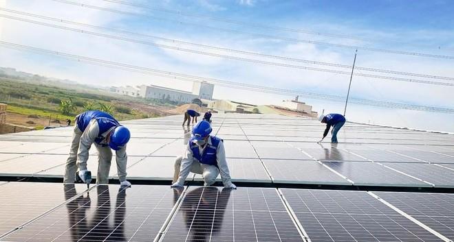 Mô hình sản xuất điện mặt trời nào cho năm 2021? ảnh 1