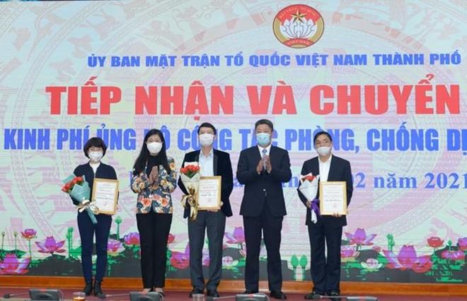 Hà Nội kêu gọi các đơn vị, cá nhân tiếp tục ủng hộ công tác phòng, chống dịch Covid-19 ảnh 1
