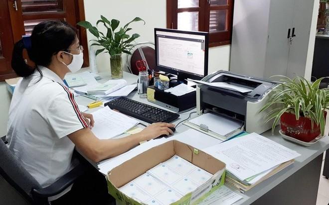 Đổi thẻ bảo hiểm y tế mẫu mới: Quy trình cấp không thay đổi ảnh 1