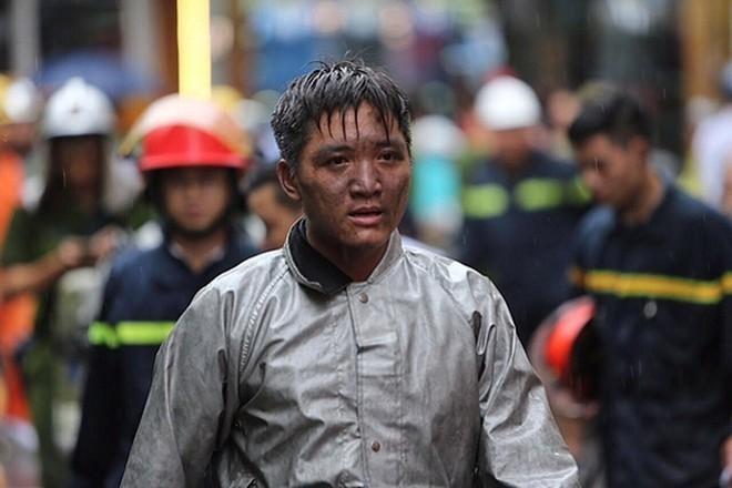 Trung úy Vũ Ngọc Hoàng - gương mặt trẻ tiêu biểu của Thủ đô năm 2020 ảnh 1