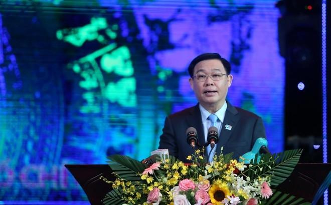 Bí thư Thành uỷ Hà Nội: Thanh niên phải đóng góp trí tuệ, tăng hàm lượng chất xám trong phát triển kinh tế ảnh 2