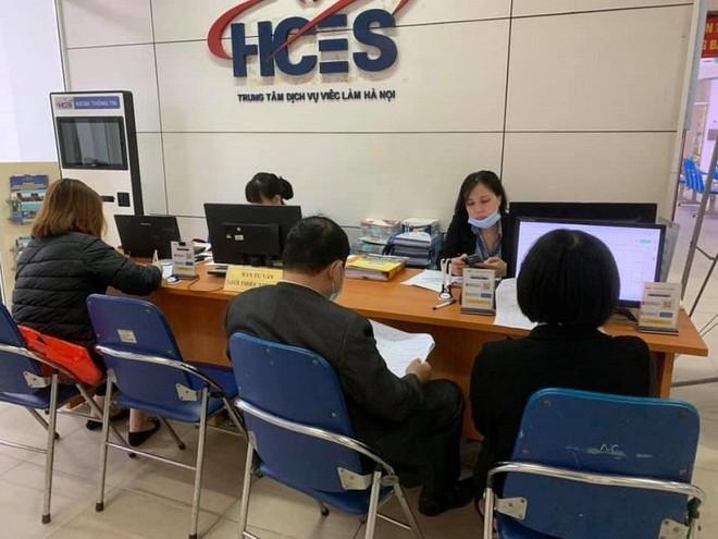 Hơn 10.000 chỉ tiêu tuyển dụng tại phiên giao dịch việc làm trực tuyến ảnh 1