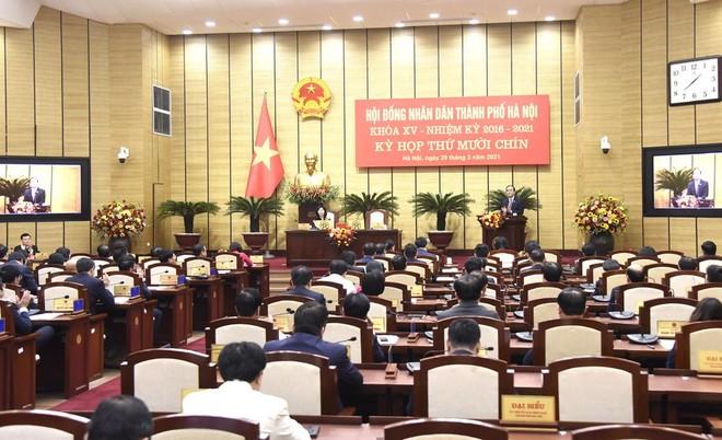 Hà Nội miễn nhiệm, bầu bổ sung hàng loạt Ủy viên UBND TP ảnh 1