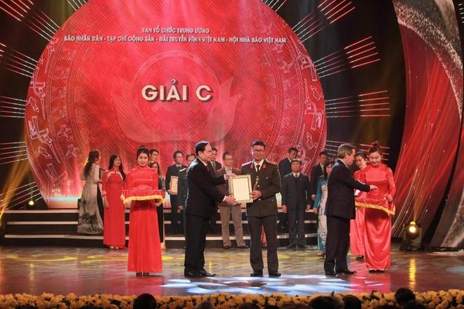 Giải Búa liềm vàng năm 2021: Tăng thêm nhiều giải thưởng, giải Đặc biệt 300 triệu đồng ảnh 1