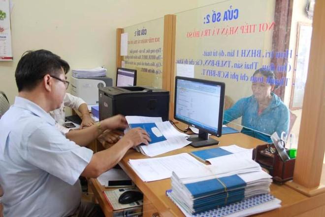 Gỡ vướng mắc bảo hiểm xã hội cho người lao động làm việc tại cấp xã ảnh 1