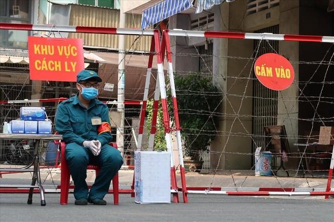 Hà Nội yêu cầu người về từ Đà Nẵng cách ly tại nhà 21 ngày ảnh 1