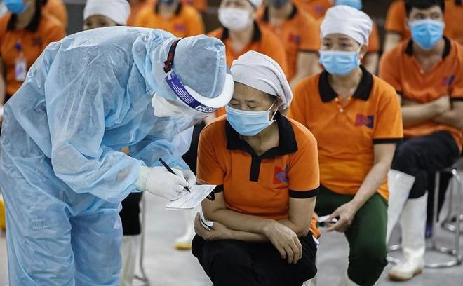 Dành 1,5 tỉ đồng hỗ trợ công nhân bị ảnh hưởng vì dịch Covid-19 ảnh 1