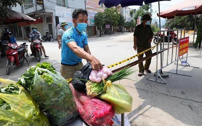 Không để người lao động trong khu cách ly, phong toả thiếu đói ảnh 1
