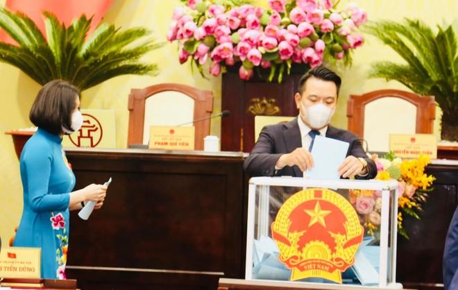 Hướng dẫn việc bầu Giám đốc Sở làm Ủy viên UBND tỉnh ảnh 1