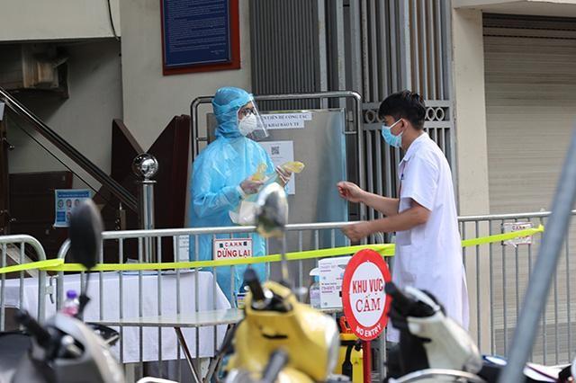 Hà Nội ghi nhận 18 người dương tính SARS-CoV-2, 10 ca liên quan chung cư Sunshine ảnh 1