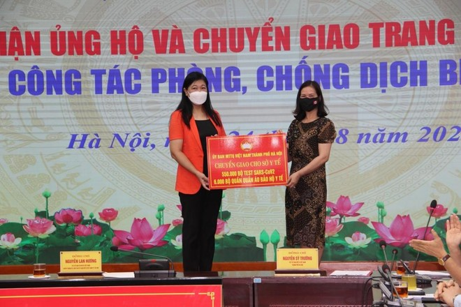 Chuyển giao 50 máy thở hỗ trợ Bệnh viện Đại học Y Hà Nội ảnh 1