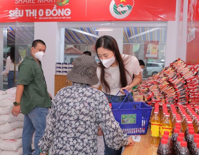 Share Mart - siêu thị 0 đồng miễn phí lương thực, nhu yếu phẩm cho người khó khăn ảnh 1