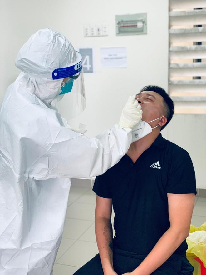 Cảm kích đội ngũ y, bác sỹ của Bệnh viện dã chiến thu dung điều trị Covid số 2 TPHCM ảnh 2
