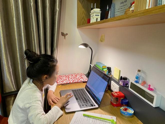 Hà Nội: Đề xuất không tăng học phí, học trực tuyến thu bằng 75% mức quy định ảnh 1