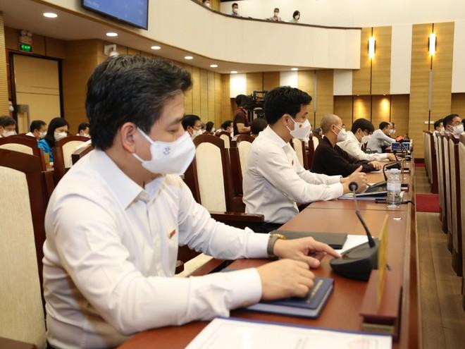 Hà Nội chi gần 900 tỷ hỗ trợ học phí trong năm học 2021-2022 ảnh 1