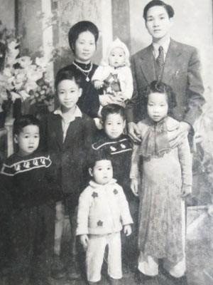 Đến thăm gia đình Hà Nội
