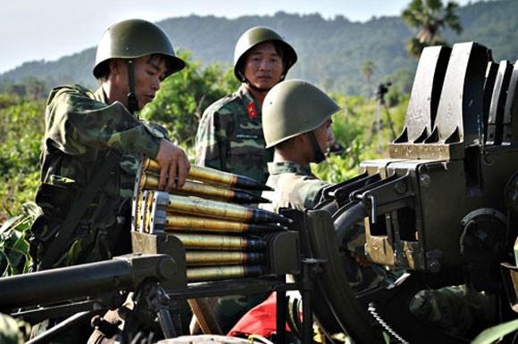 Pháo phòng không 37mm khạc đạn, diệt gọn mục tiêu ảnh 6