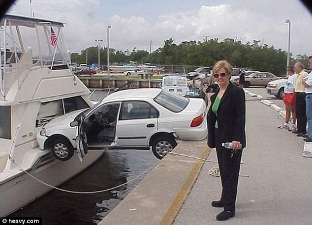 """Những kiểu đỗ xe """"độc"""" ảnh 6"""