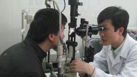 Gia tăng chấn thương và dị ứng mắt: Do chủ quan, bất cẩn ảnh 1