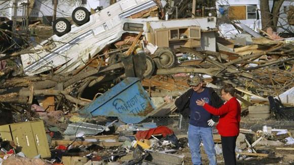 Lốc xoáy tại Mỹ, 12 người chết ảnh 1