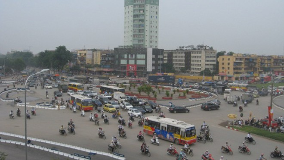Chống ùn tắc giao thông: Đồng bộ nhưng phải kiên trì ảnh 1