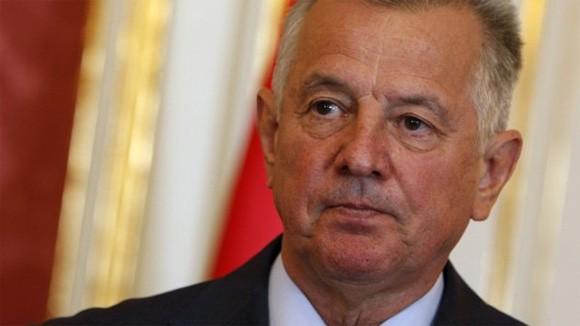 Tổng thống Hungaria có thể phải từ chức vì đạo văn ảnh 1