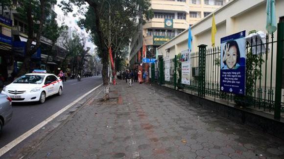 Trật tự giao thông Hà Nội chuyển biến rõ nét ảnh 1