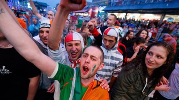 """Ba Lan bắt 72 người """"quậy"""" tại EURO 2012 ảnh 1"""