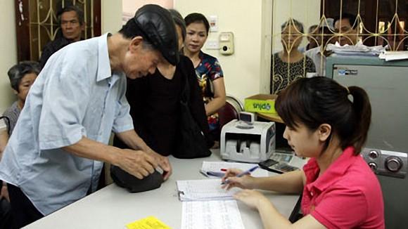 Từ năm 2020: Nhiều người già có nguy cơ không được hưởng lương hưu ảnh 1