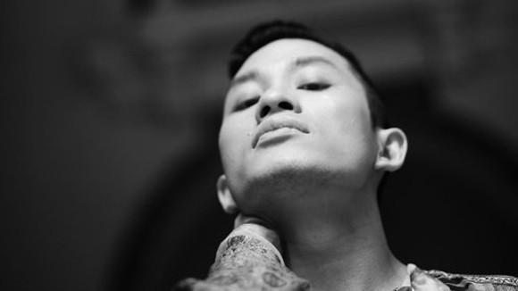 Ca sĩ Tùng Dương: Nghệ thuật sợ những người giả điên ảnh 1