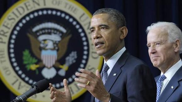 Tổng thống Mỹ ký sắc lệnh kiểm soát súng đạn ảnh 1