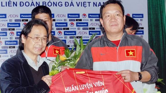 """""""Tuyển Việt Nam sẽ chơi tiqui-taka"""" ảnh 1"""