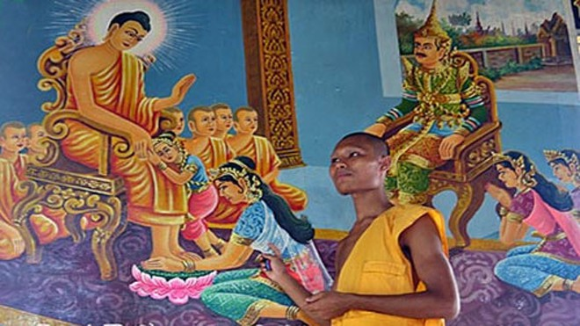Đến chùa Kh'mer xem tranh Phật ảnh 1
