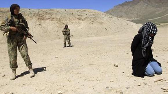 Nữ đặc nhiệm Afghanistan ảnh 1