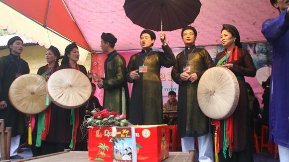 Hội Lim 2013: Quan họ… lách luật ảnh 1