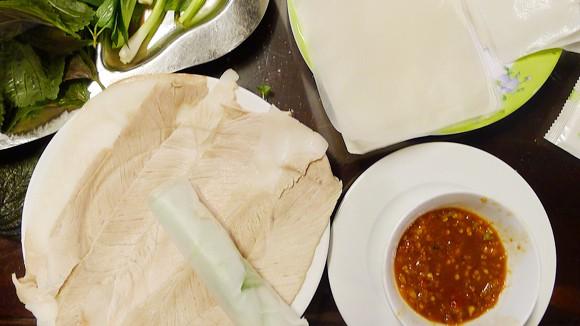 Bánh tráng thịt heo - món ngon Đà Nẵng ảnh 1