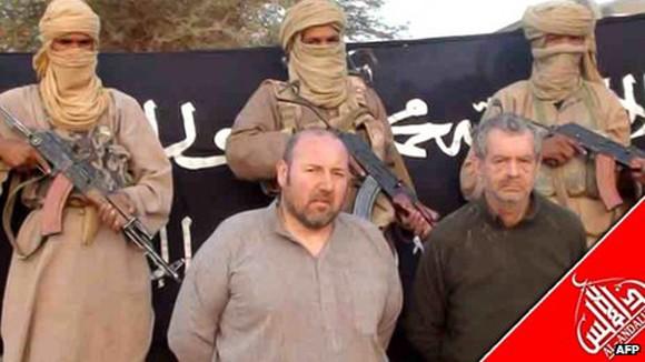 Al-Qaeda chặt đầu con tin người Pháp ảnh 1