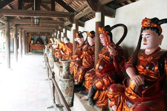 Kỳ lạ ngôi chùa có chuông bằng vàng ảnh 3